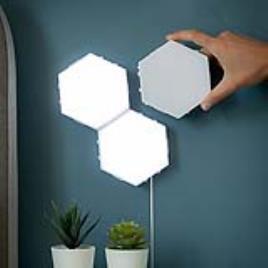 Conjunto de Painéis LED Modulares Magnéticos e Táteis Tilight InnovaGoods (Pack de 3)