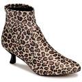 KATY PERRY - Katy Perry  Botins THE BRIDGETTE  Castanho Disponível em tamanho para senhora. 36,37,38,39,40,41.Mulher > Sapatos > Botins